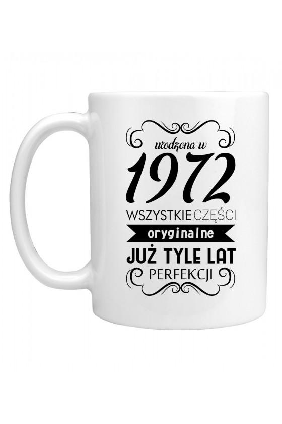 Kubek Urodzona w 1972