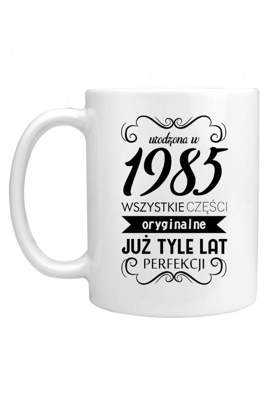 Kubek Urodzona w 1985