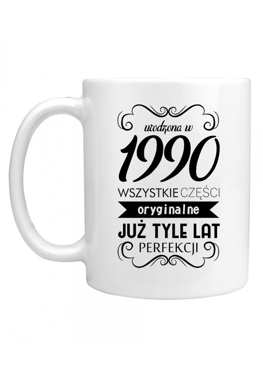 Kubek Urodzona w 1990